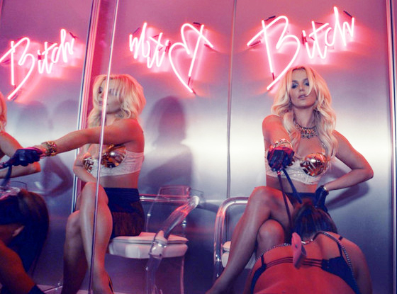 britney-spears-work-564 copy.jpg